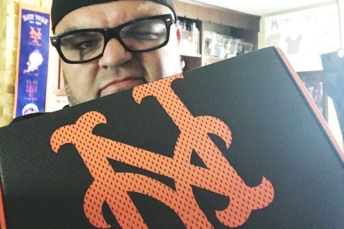 Unboxing NY Mets Sports Crate #2 Behind The Dish
